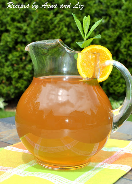 Mint Green Iced Tea - 2 Sisters Recipes by Anna and Liz