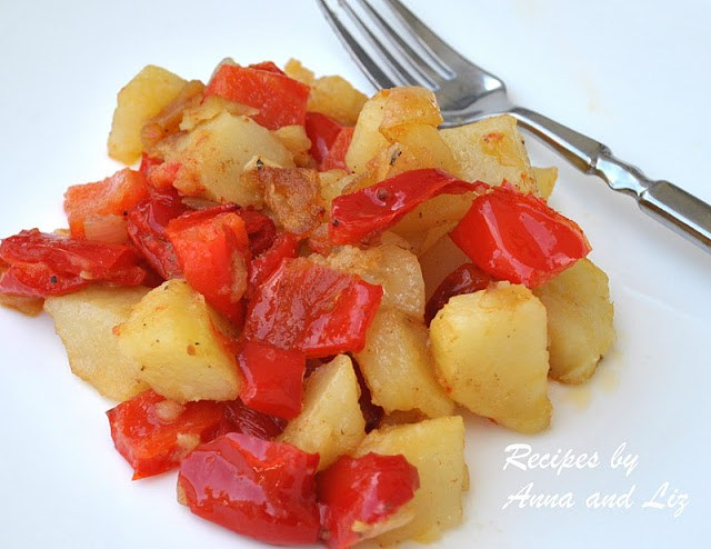 Roasted Potatoes and Sweet Red Peppers by 2sistersrecipees.com