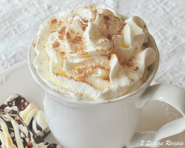 Peppermint Mocha Latte by 2sistersrecipes.com