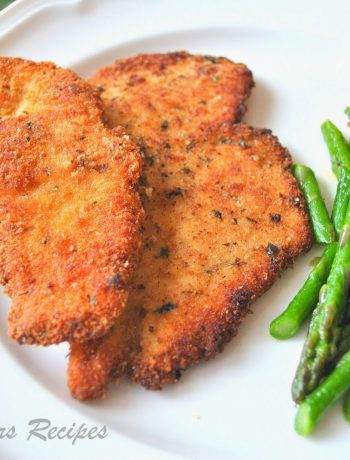 Chicken Cutlets with Garlicky Asparagus by 2sistersrecipes.com