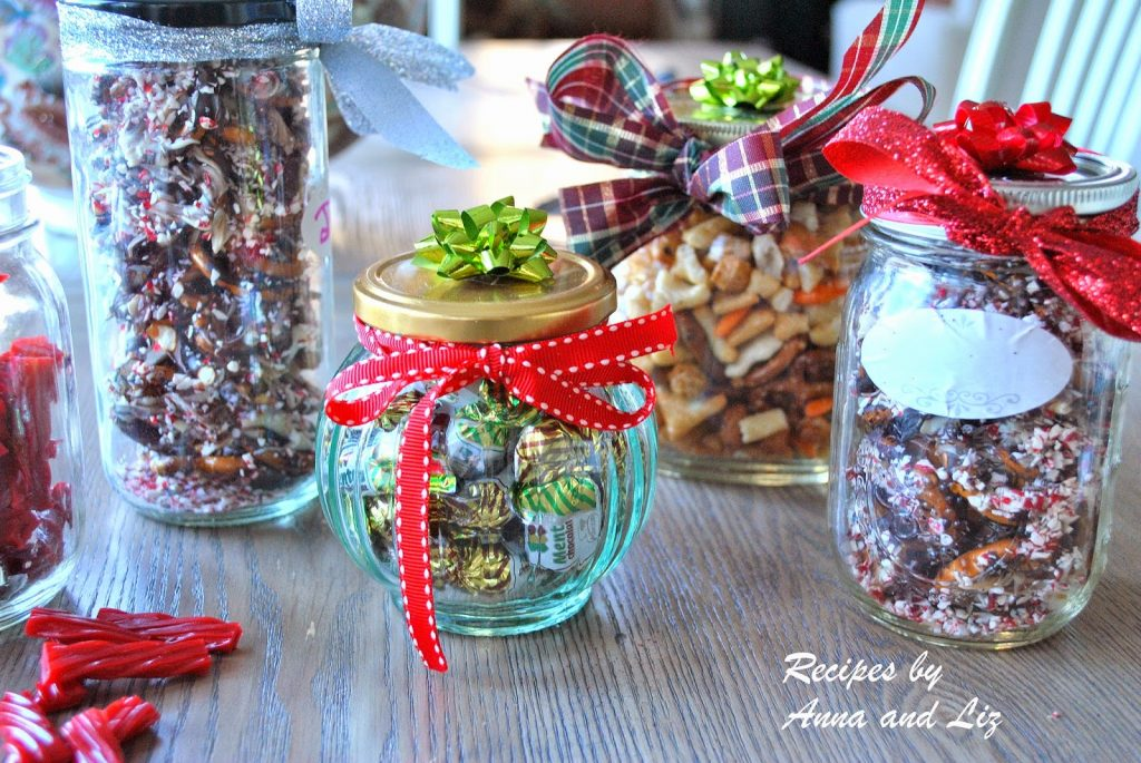 EASY Homemade Holiday Gift Ideas And Chocolate-Peppermint