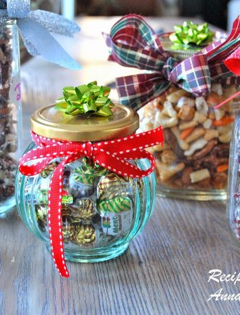 Easy Homemade Holiday Gift Ideas by 2sistersrecipes.com