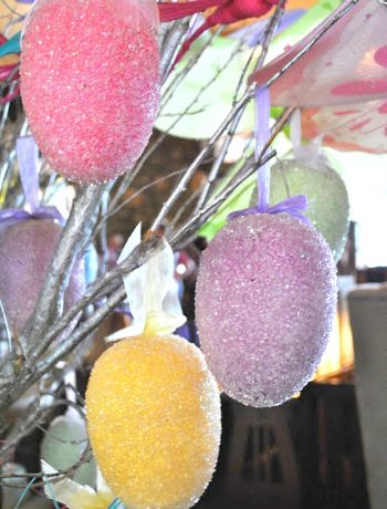 Happy Easter by 2sistersrecipes.com