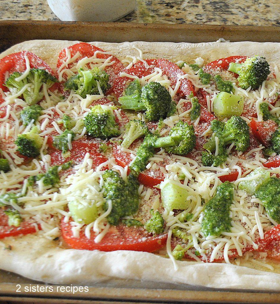 Broccoli Tomato Pesto Flatbread by 2sistersrecipes.com