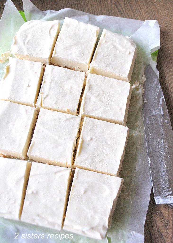 No Bake Banana Pudding Icebox Bars by 2sistersrecipes.com