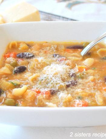 Classic Italian Minestrone Soup by 2sistersrecipes.com