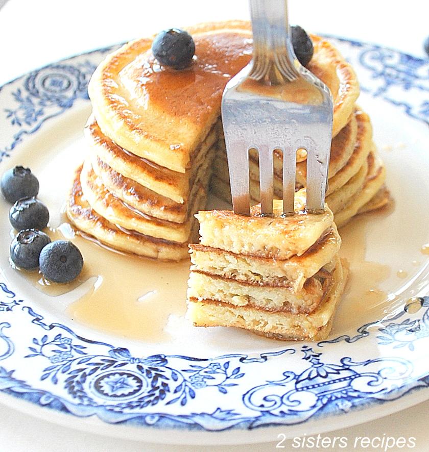 Lemon Ricotta Silver Dollar Pancakes by 2sistersrecipes.com