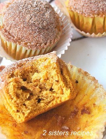 Cinnamon Pumpkin Muffins by 2sistersrecipes.com